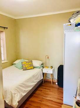 Room to rent in Gardens, just off Kloof Street