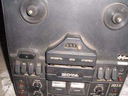 Бабіновий магнітофон НОТА -203 стерео,