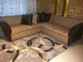 2nd hand corner couch