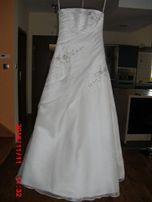 LŚNIĄCA i wygodna suknia ślubna - 36-40
