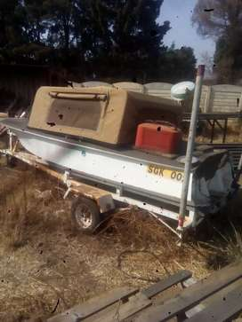 bass boat  and trailer for sale