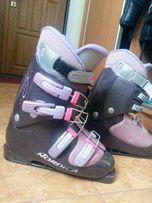 Гірськолижні черевики Nordica