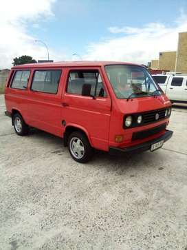Vw Combi 2.3i 4speed with sentral locking alarm