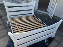 Solid wood bed base -Queen
