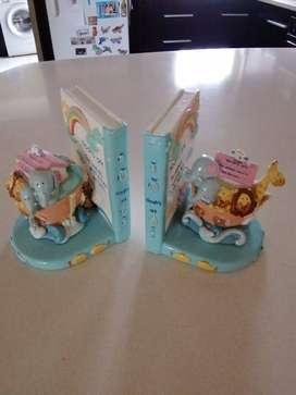 Noah's Ark Book Ends - two