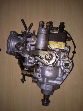 Toyota Hilux 5L manual diesel pump