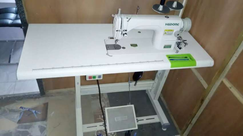 Sewing machine electric 0