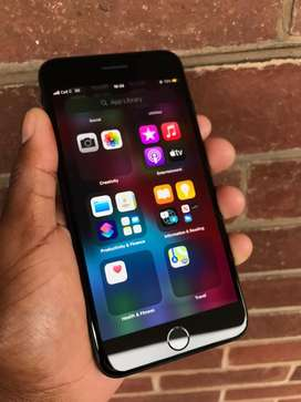 Black Iphone 7 Plus 256GB in an excellent, mint condition