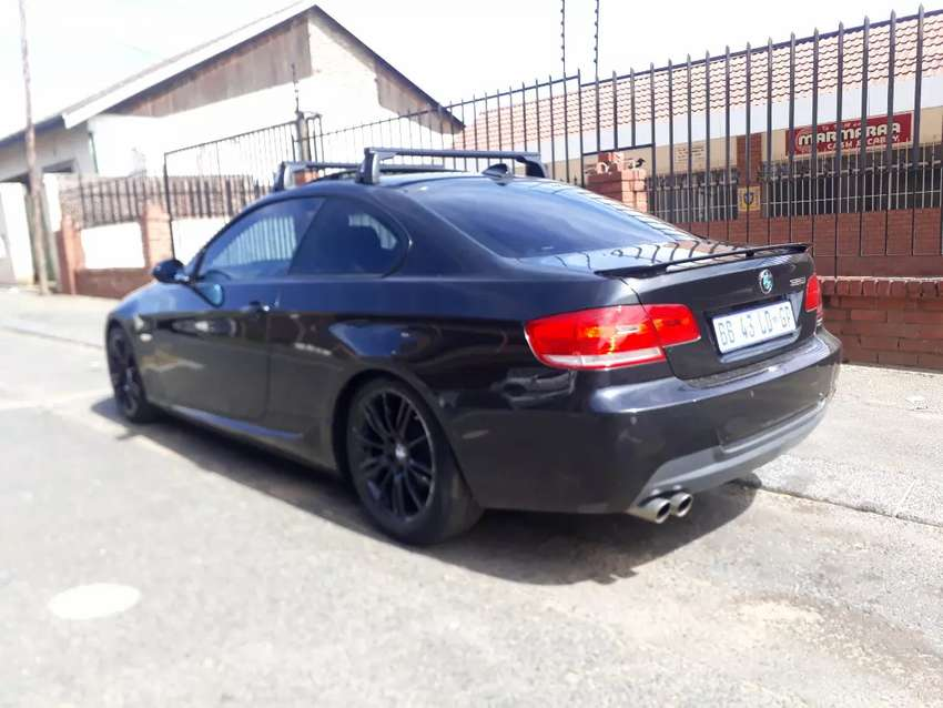 BMW 325i Coupe R 134 000 Negotiable 0