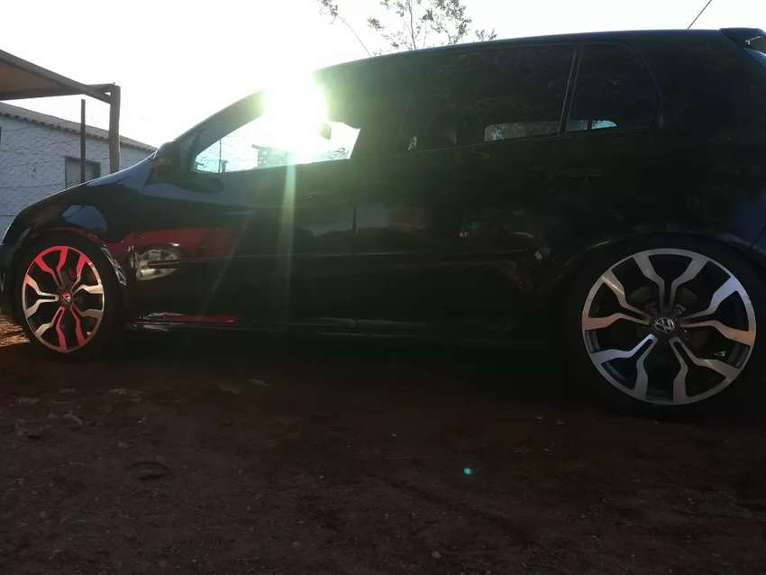 2005 golf 5 gti. 1 key. Everything is OK find. 0