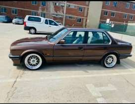 I want E30 shell without engin n not respray with original paintR15000