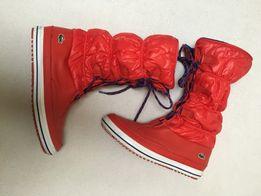 Czerwone śniegowce 41 Lacoste