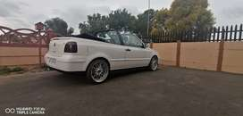 I'm looking for a golf 3. 5 cabriolet clean car