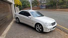 1 OWNER WITH ONLY 46,000KM
