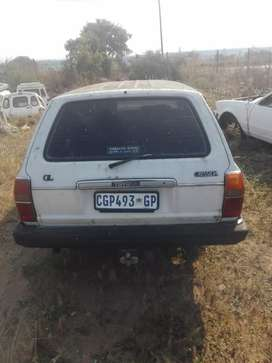 Toyota cresida station wagon stripping for spares