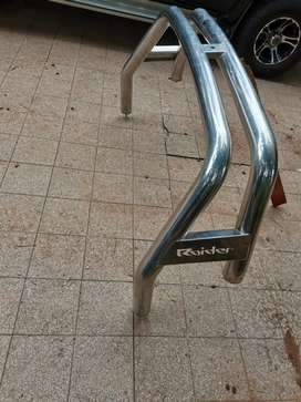 Chrome roller bar
