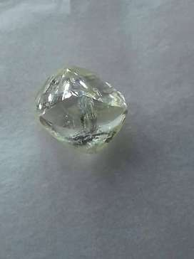 Uncutted diamond