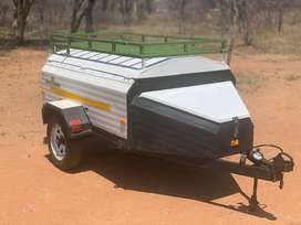 6-foot Challenger Trailer with extras
