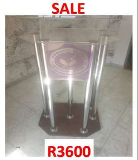 Double Top Clear And Wooden Base 6 Legged Lectern