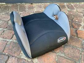 Bambino booster seat, black and grey