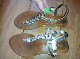 Кожаные босоножки сандалии New Look р.35-36 на ногу 22,5-23см.