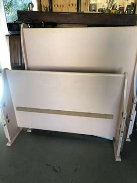 Sleigh bed, 3/4 mattress, and pull out bed single
