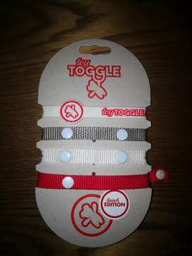 Toy Toggle Straps