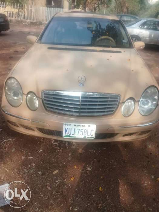 2005 E500 everything intact, 1.2m only... 0