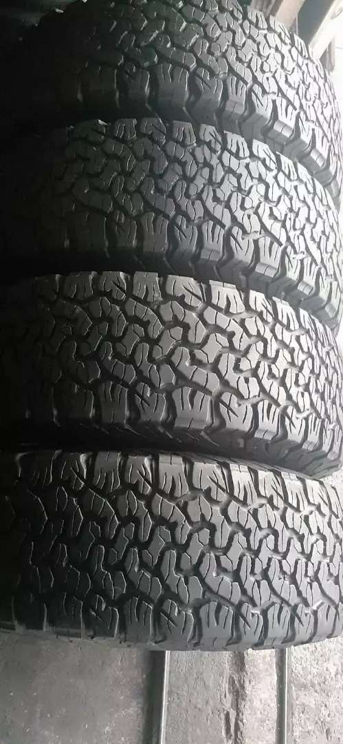 A set of bfgoodrich ko2 sizes 285/70/17 now available