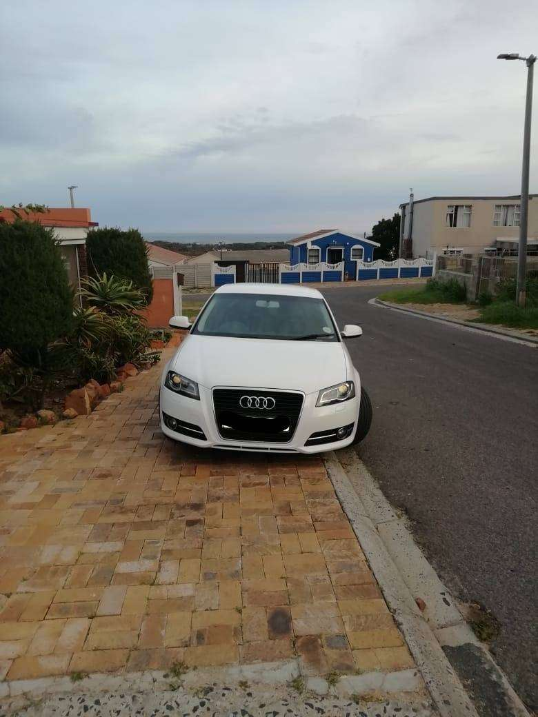 Audi A3 2011 7 speed S - Tronic 0