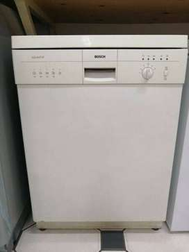 Bosch Aquastop 12 Place Dishwasher for Sale!