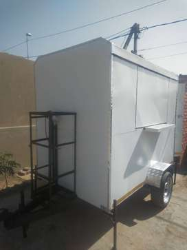 Mobile kitchens trailers