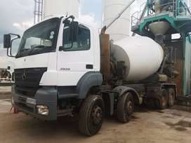 Merc Benz Truck For Sale in Good Condition