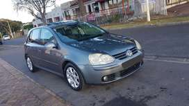 2007 Golf 5 2.0 FSI, Excellent condition. Sunroof & 4 New Tires.
