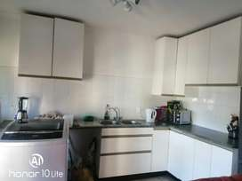 Beautiful 2 bedroom flat avalible in midrand 1st June