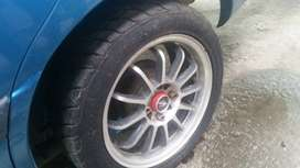 Mags + good as new tyres