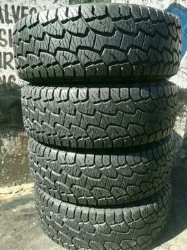 255/55/19 Hankook dynapro A/T Complete set