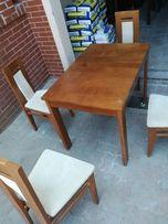 Stół drewniany i 4 krzesła BRW