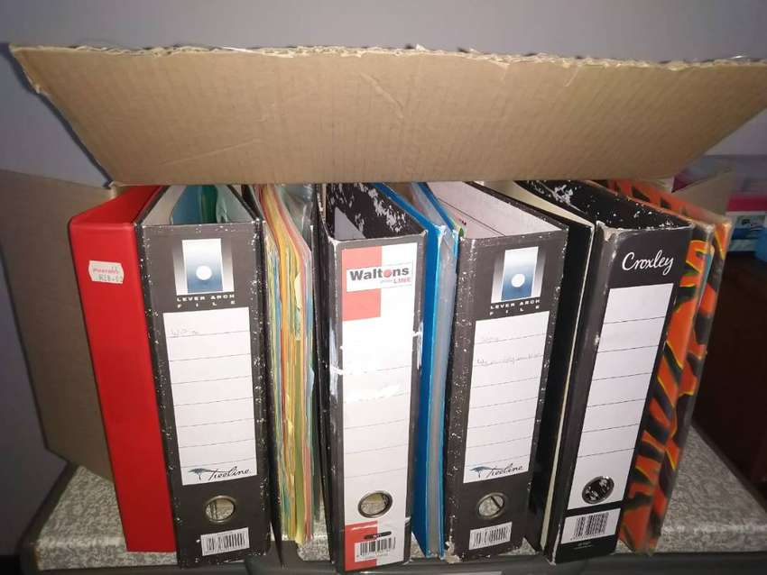 9 x used lever arch files still in good condition 0