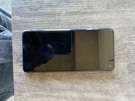 Samsung S10 mint condition only used for 3 months.