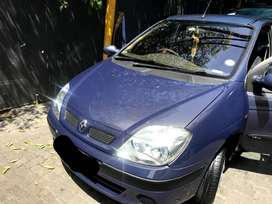 Renault Scenic Automatic 1.6 Liter 2002 Model