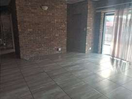 Stunning two bedroom house/flat to rent in Monument Park.