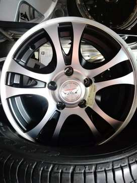 Toyota Hilux vvti storm Racing wheels size 14 aset brand new