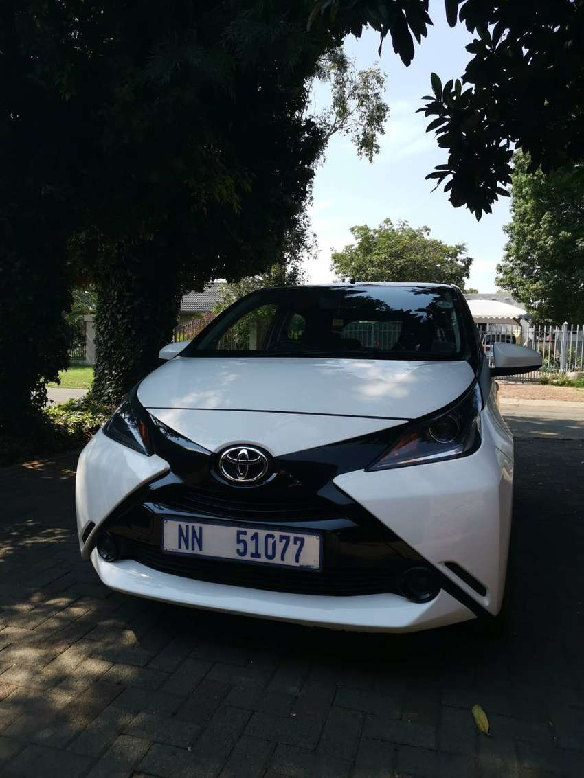 Toyota Aygo 1.0 X-Play For sale 0