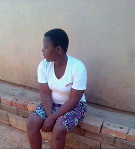 Am soneni 30 Years Old Lady Looking for FULL TIME STAY IN Job as a DOM