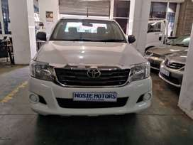2014 TOYOTA HILUX 2.0 DIESEL SINGLE CAB