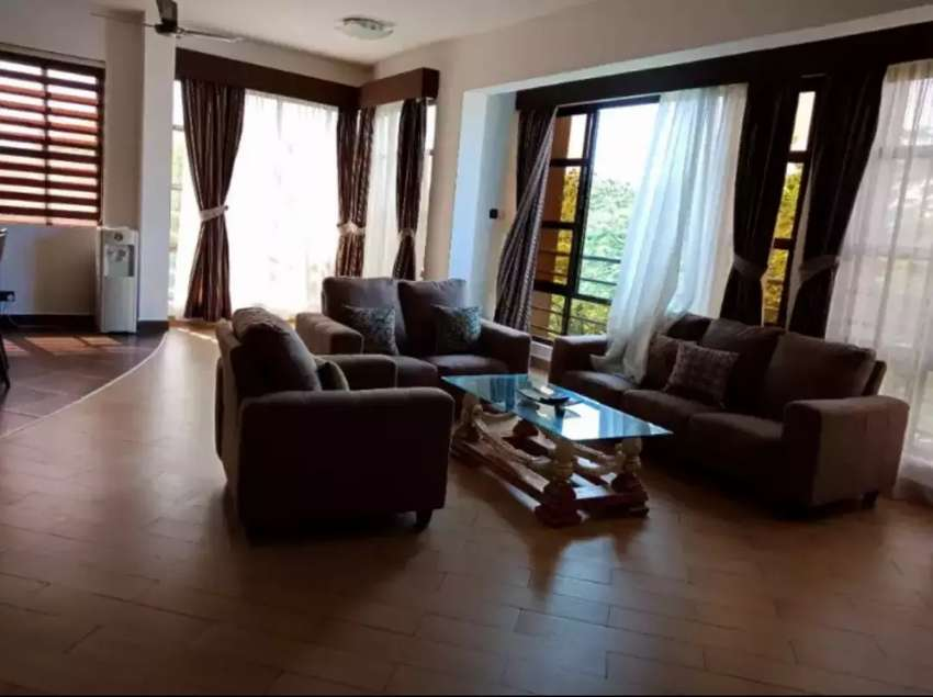 4 bedroom apartment located in nyali 0