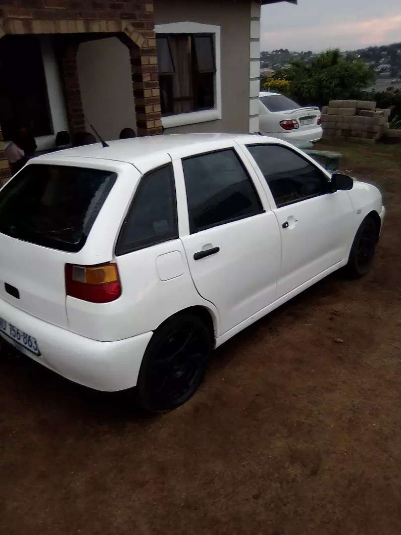 Selling in behalf of my friend contact number 0