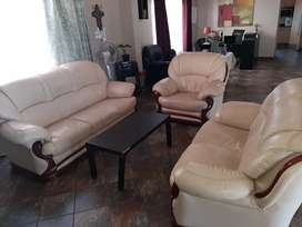 6 seater Leather Lounge suite for sale.