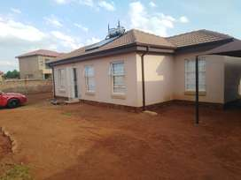 HOUSE FOR RENTAL IN ORCHARDS